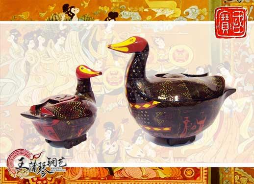 战国彩漆鸳鸯盒-12bet的网站是多少鸳鸯盒-鸳鸯盒-胭脂盒