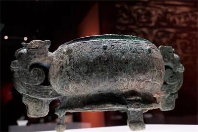 中国古代的青铜器及12博12bet官网是怎样制作的